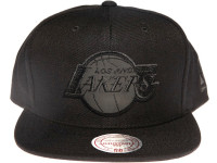 Los Angeles Lakers NBA Black Relflective Logo Mitchell & Ness Black Snapback Hat