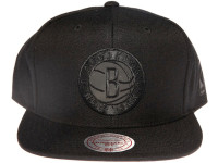 Brooklyn Nets NBA Black Relflective Logo Mitchell & Ness Black Snapback Hat