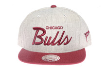 Chicago Bulls Script Two-Tone Mitchell & Ness Snapback Hat