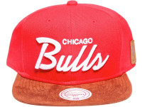 Chicago Bulls Script Tan Suede Brim Mitchell & Ness Red NBA Snapback Hat