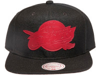Cleveland Cavaliers Rubberised Logo Black Mitchell & Ness NBA Snapback Hat