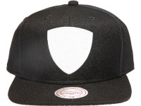 Brooklyn Nets Rubberised Logo Black Mitchell & Ness NBA Snapback Hat