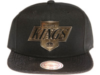 Los Angeles Kings Gold Logo Woven Brim Mitchell & Ness NHL Black Snapback Hat
