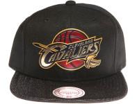 Cleveland Cavalliers Gold Logo Woven Brim Mitchell & Ness NBA Black Snapback Hat