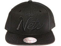 Brooklyn Nets Script Woven Brim Mitchell & Ness NBA Black Snapback Hat