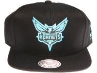 Charlotte Hornets Reflective Logo Mitchell & Ness NBA Black Snapback Hat