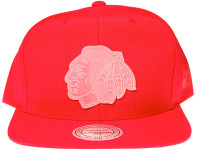 Chicago Blackhawks Clear Logo Mitchell & Ness Red Nylon NHL Snapback Hat