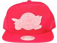 Cleveland Cavaliers Clear Logo Mitchell & Ness NBA Maroon Nylon Snapback Hat