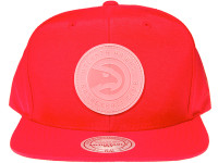 Atlanta Hawks Clear Logo Mitchell & Ness NBA Red Nylon Snapback Hat