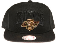 Los Angeles Kings Black Gold Badge Logo Mitchell & Ness NHL Black Snapback Hat