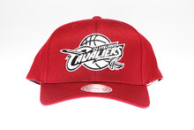 Cleveland Cavaliers Burgundy Flex-Fit Mitchell & Ness NBA Snapback Hat