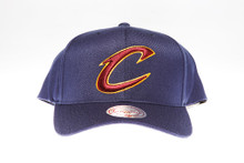Cleveland Cavaleirs Navy Flex-Fit Mitchell & Ness NBA Snapback Hat
