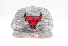 Chicago Bulls Grey Static Arch Mitchell & Ness Snapback Hat