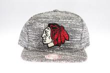 Blackhawks Grey Static Arch Mitchell & Ness Snapback Hat