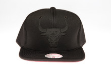 Chicago Bulls Blackout Reflective Logo Mitchell & Ness Snapback Hat
