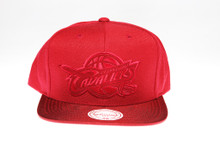 Cleveland Cavaliers Red Suede Logo Mitchell & Ness Snapback Hat