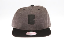 LA Clippers Two-tone Badge Logo Mitchell & Ness Snapback Hat