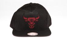 Chicago Bulls Black Mesh Overlay Logo Mitchell & Ness Snapback Hat