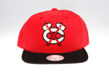 Chicago Blackhawks Sandy two-tone Logo Arch Mitchell & Ness Snapback Hat