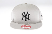New York Yankees Logo Grey New Era 9FIFTY MLB Snapback Hat