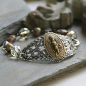 BR-10  Vintage Style Oh So Pretty Angel Bracelet