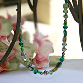 IS-418 Great Green tones Crystals and more Necklace