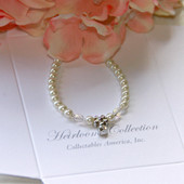"CJ-388-5  Flower Girl Crystal & Glass Pearls 5"" Bracelet"