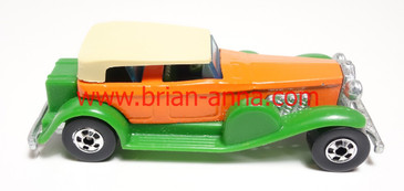 Hard to find variation of the rare Hot Wheels '31 Doozie with the Orange body and Green Fenders/Running Boards.
