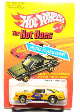 Hot Wheels Metalflake Gold Flat Out 442 in The Hot Ones blister
