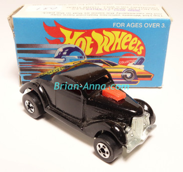 Hot Wheels Leo Mattel India, Boxed, Neet Streeter in Black, Yellow Medusa tampo