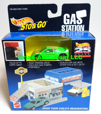 Hot Wheels Sto & Go Gas Station, Neon Green Zender Fact 4 w/clear glass variation