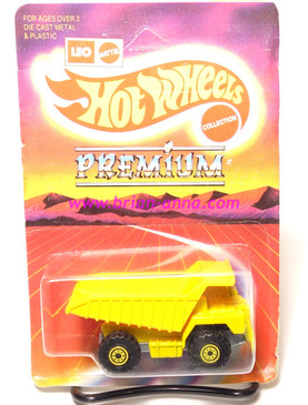 Hot Wheels Leo Mattel India Dump Truck with Yellow CT wheels, unpunched card (MS3india-820)