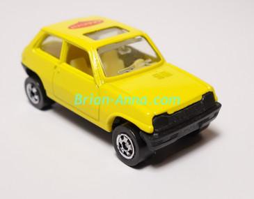 Hot Wheels Leo Mattel India, Bright Yellow MAGGI Suzuki LOOSE (MS3india-656)