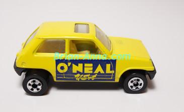 Hot Wheels Leo Mattel India, Bright Yellow Maruti, LOOSE (MS3india-657)