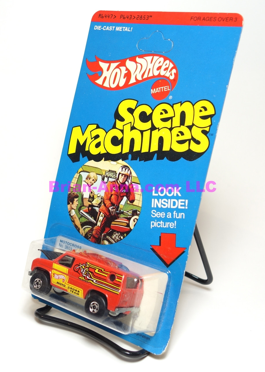 Hot Wheels Scene Machines  Motocross, unpunched card