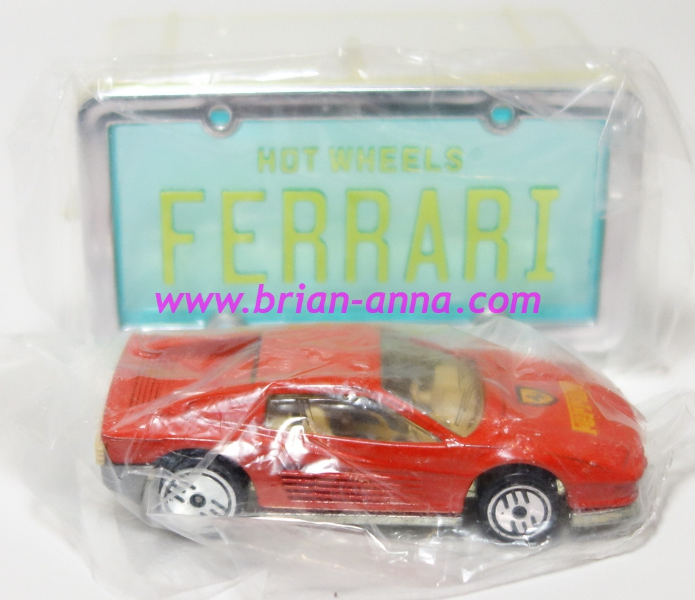 Hot Wheels Leo Mattel India, Ferrari Testarossa Red, Park n Plate