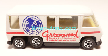 Hot Wheels Leo Mattel India, White GMC Motorhome, Red Greenwood tampo