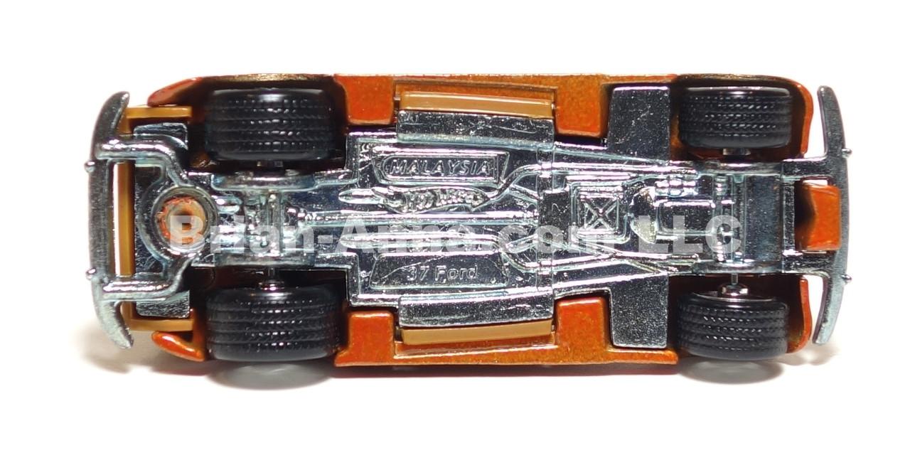 Hot Wheels Ultra Hot Series '37 Ford Woodie Dark Panels, LOOSE