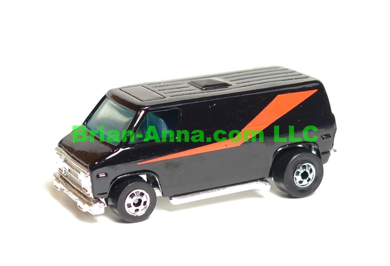 Hot Wheels Super Van from Dynamite Crossing Set, blackwalls, LOOSE