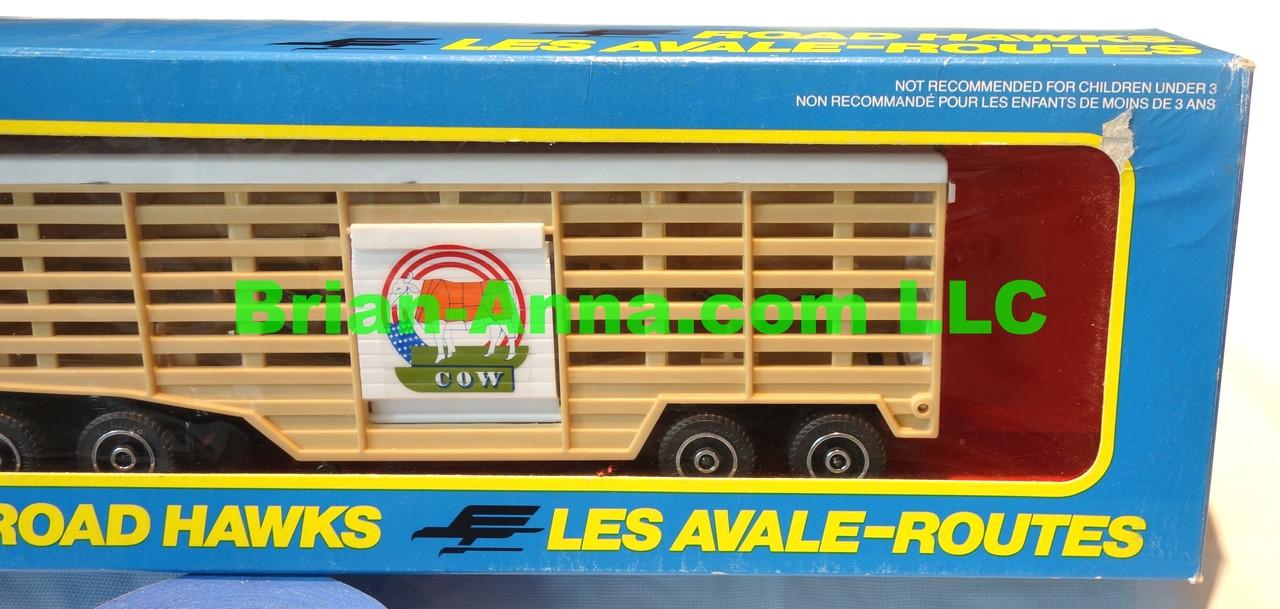 Hot Wheels Road Hawks Cow Transport Truck 1/43 Scale Trucks
