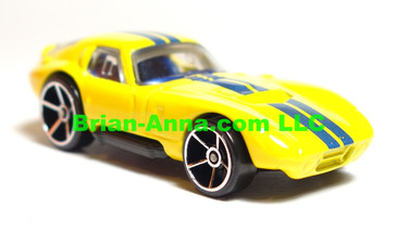 Hot Wheels 2009 Mystery Car, Shelby Cobra Daytona in Yellow,  loose