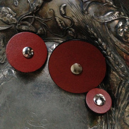 "Jul Pedestal Buttons (2"")"