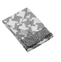 Tate Charcoal-White Throw