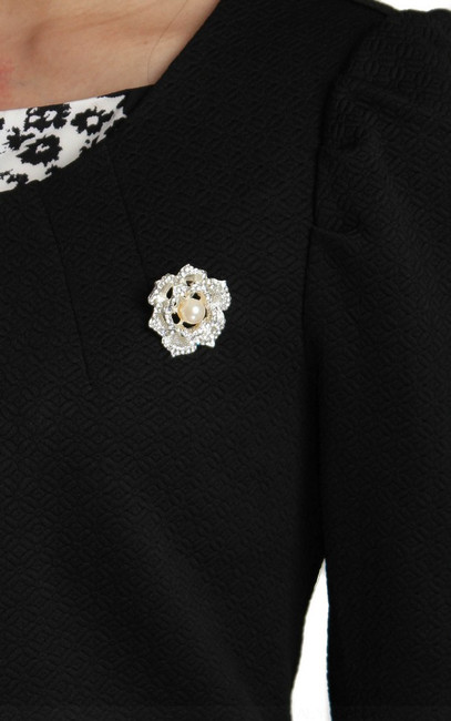 Crystal Rose Brooch   ALYSSANDRA   Singapore Online Office Wear, Executive Work Clothes