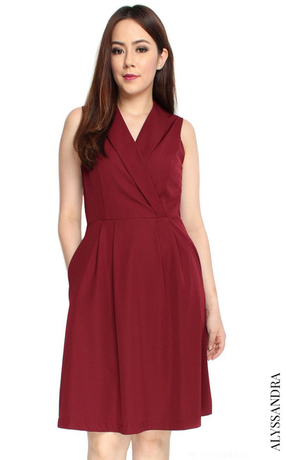 Tuxedo Pleated Dress - Burgundy