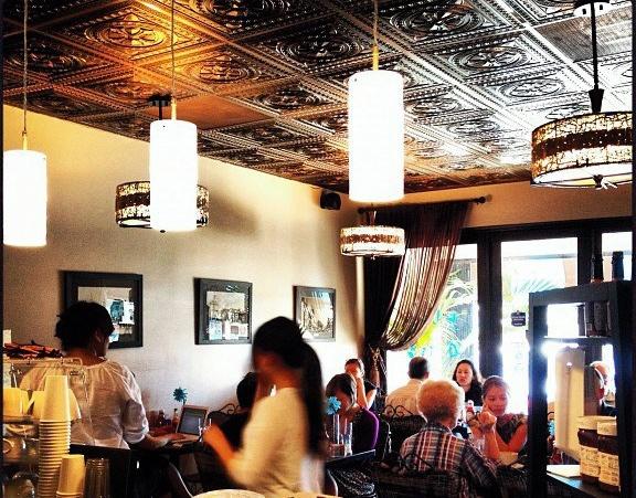 Blue Daisy Cafe Santa Monica Ca