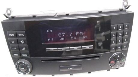 01 04 06 mercedes c class c230 c240 c320 radio cd player for Mercedes benz cd player