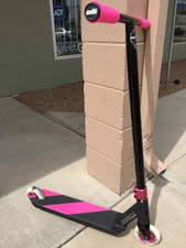 """Kryptic HOT PINK"" Custom Scooter www.krypticproscooters.com"