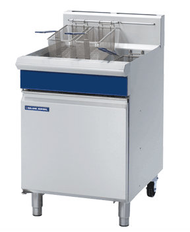 Blue Seal GT60 VEE RAY SINGLE PAN GAS FRYER 600mm -31litre. Weekly Rental $53.00