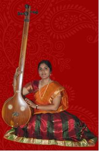 harini-dharba-arangetram-orchestra-singer.png